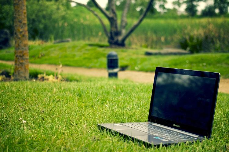 Digitális nomád munkavégzés